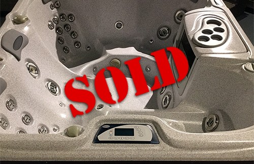 SOLD Preowned 2011 Sundance Hot Tub
